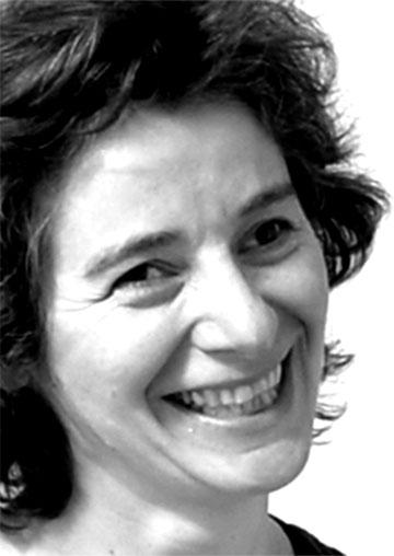 EMMANUELLE GRAMA, Psychologue, praticienne en Massage Sensitif de bien-être, somatothérapeute.